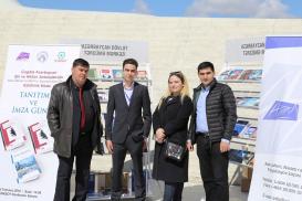 Le stand du Centre de Traduction d'Etat d'Azerbaïdjan a été présenté dans le cadre de la « Journée de la lecture »