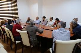 """""""Xəzər"""" jurnalının kollektivi"""