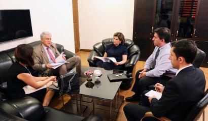 قرارداد پروژه چاپ کتاب بین بنیاد ترجمه و سفارت آرژانتین
