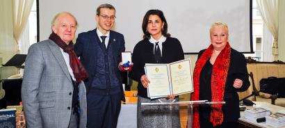 La escritora azerbaiyana fue elegida miembro de la Academia Europea