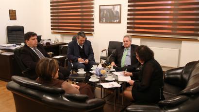 Besuch des griechischen Botschafters im Übersetzungszentrum