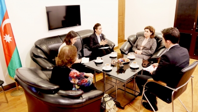 Les représentantes officielles de la Colombie au Centre de Traduction