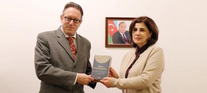 السفير النمساوي يزور مركز الترجمة الحكومي الاذربيجاني