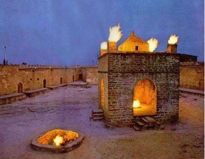 Fire-worshippers' places of worship