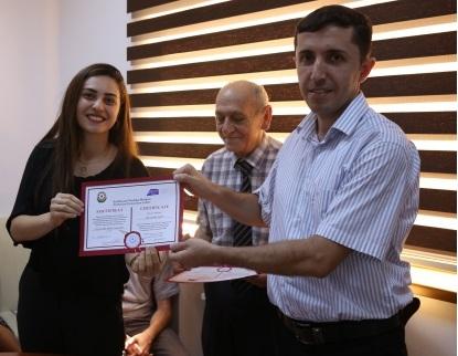 Azərbaycan Tərcümə Mərkəzinin sertifikatları sahiblərinə təqdim olundu