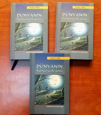 Thomas Wolfes Romane und Erzählungen auf Aserbaidschanisch