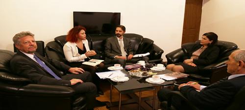 قام السفير الأرجنتيني الجديد بزيارة المركز الترجمة الحكومي الاذربيجاني