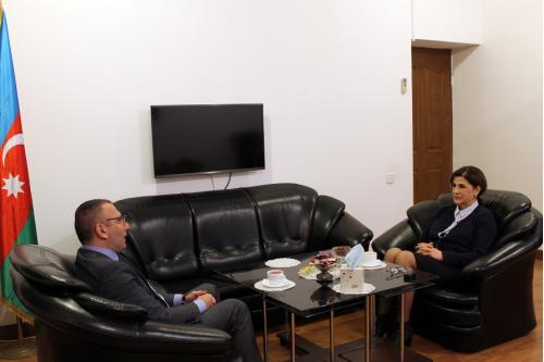 Le représentant officiel de l'Association international Israël-Azerbaïdjan au Centre de Traduction
